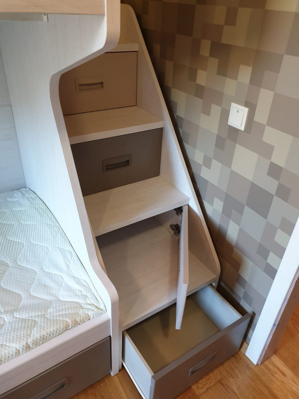 Laipteliai-spintelės-dviaukštėi-lovai