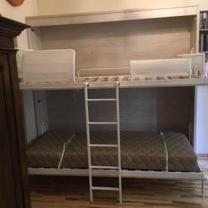 Dviaukštės-lovos-spintoje-Monoidėja