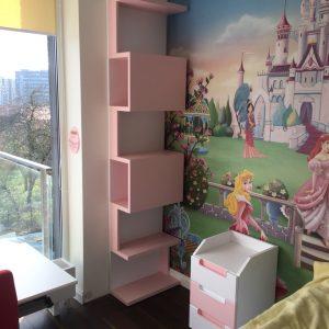Vaikiški-baldai-vaikams-lentynos