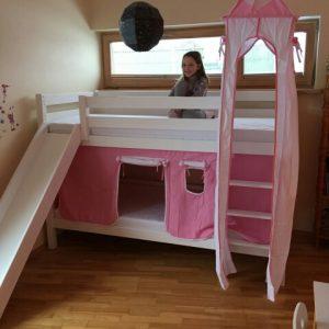 Dviaukštė-lova-mergaitei