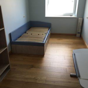 Forma-kolekcijos-jaunuolio-kambario-baldai