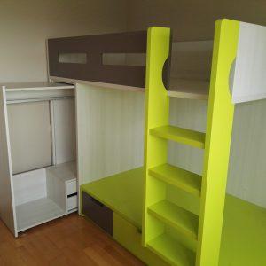 dviaukštė-lova-su-spinta-ir-stalčiais