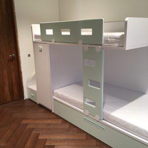 Кровати для детей и молодежи