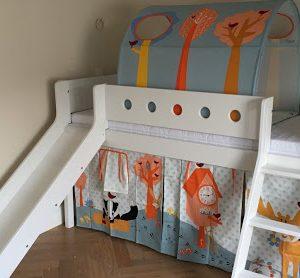 pusauktė-lova-su-čiužykla-vaikams-FLEXA