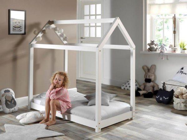 lovyte-namelis-vaikams