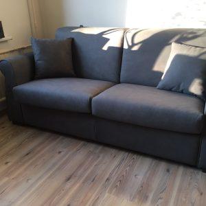 sofa-lova-cubo-pastoviam-kasdieniniam-naudojimui