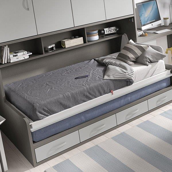 atverčiama-lova-spintoje-sofa-lova