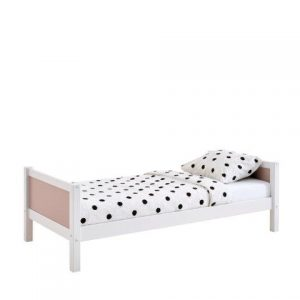 mergaitės-lova-monoidėja