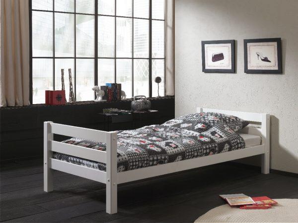 viengulė-lova-iš-medžio-masyvo