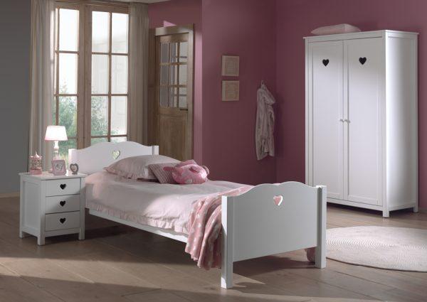 provanso-stiliaus-baldai-mergaitės-kambariui