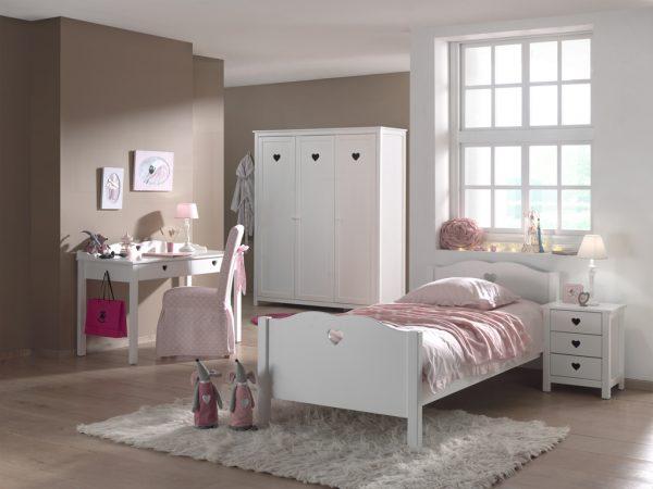 Lovos-vaikams-mergaitės-kambario-baldai-spintos