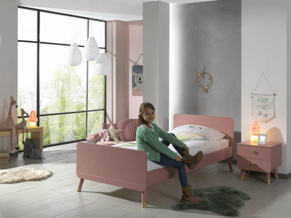 paauglės-kambario-baldai