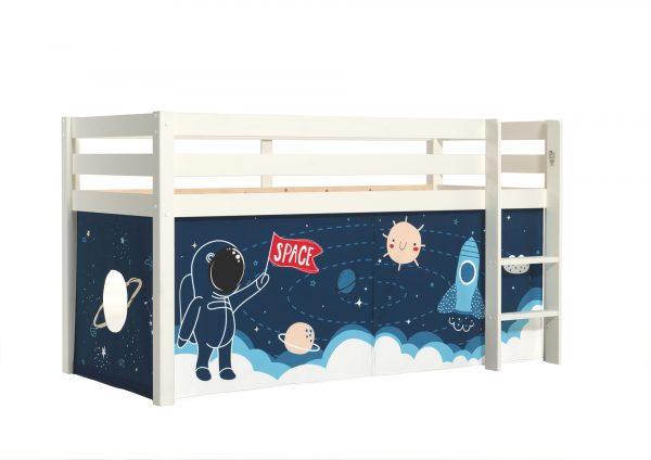 lova-vaikui-kosmosas