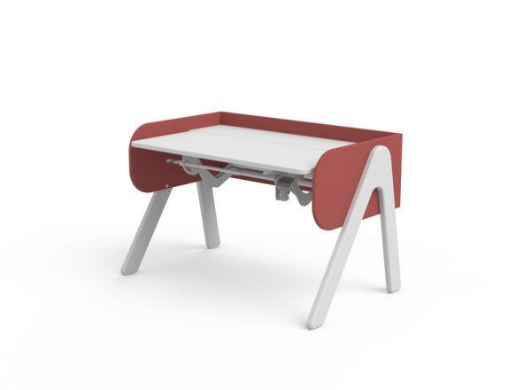 raudonas-stalas-augantis