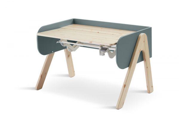 augantis-stalas-vaikams-woody