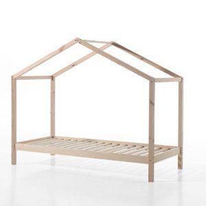 lova-namelis-pušies-mediena