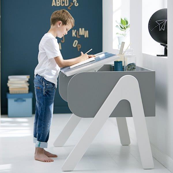 vaikiškas-stalas-vaikams-FLEXA