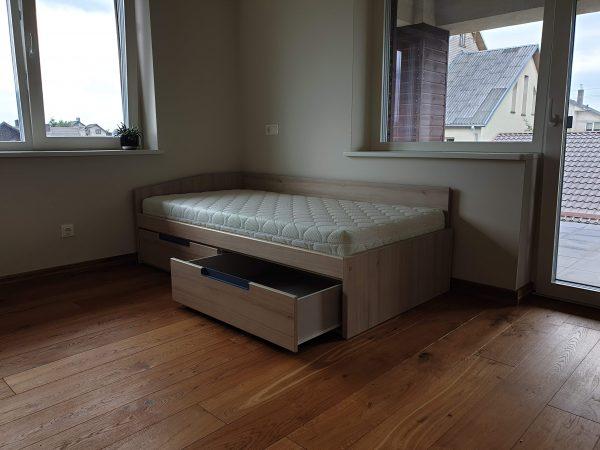 lovos-vaikams-forma