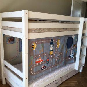 dviaukštė-lova-vaikų-kambariui