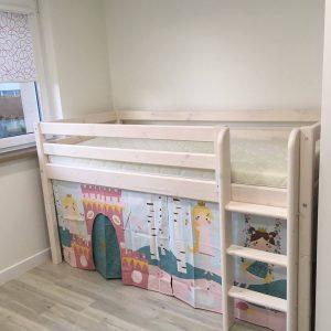 FLEXA-pusaukštė-lova-vaikams