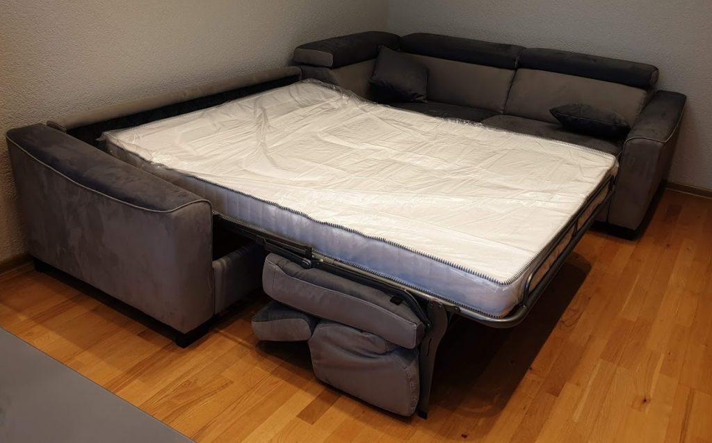 itališki-minkšti-baldai-sofa-lova