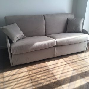sofa-lova-divans-gulta