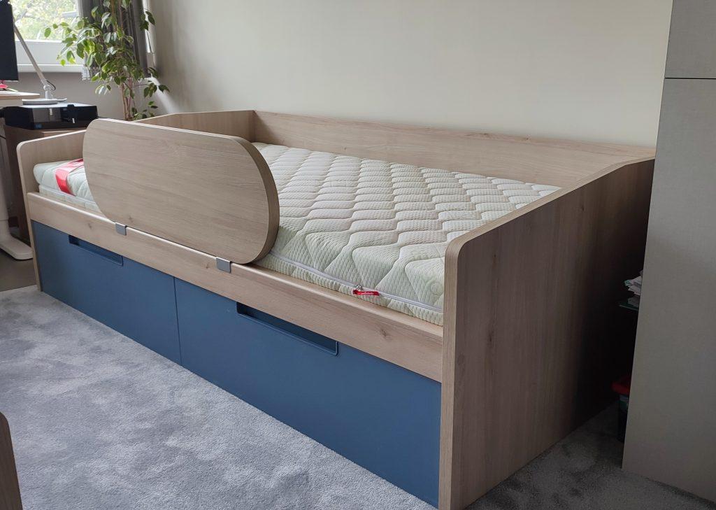 lova-vaiko-kambariui-bernu-gulta
